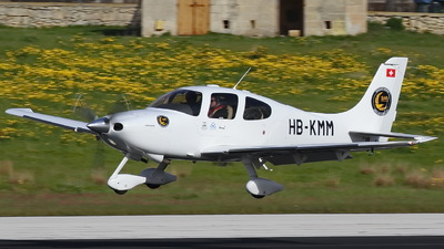 HB-KMM - Cirrus SR22T - Private