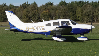 G-KYTE - Piper PA-28-161 Warrior II - Private