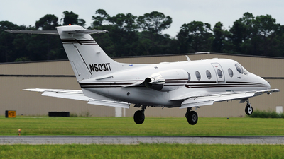 N5031T - Hawker Beechcraft 400A - Private