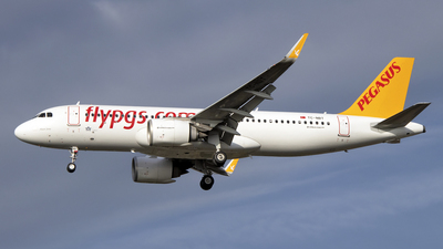 A picture of TCNBT - Airbus A320251N - Pegasus Airlines - © Paul Spijkers