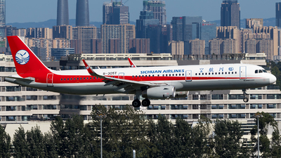 A picture of B305T - Airbus A321231 - Sichuan Airlines - © SZ4509