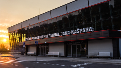 LKPD - Airport - Terminal