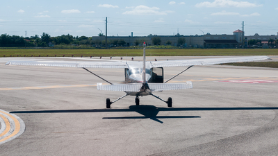 N80457 - Cessna 172M Skyhawk II - Dean International