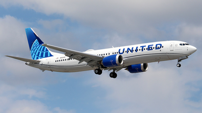 N5515R - Boeing 737-9 MAX - United Airlines