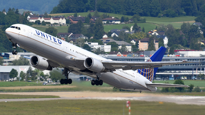N78060 - Boeing 767-424(ER) - United Airlines