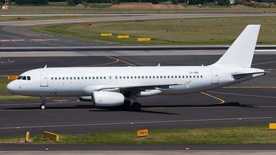 LY-VEI - Airbus A320-233 - Avion Express