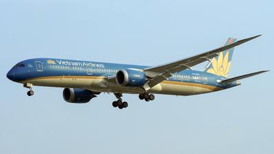 A picture of VNA862 - Boeing 7879 Dreamliner - Vietnam Airlines - © Tan Nguyen - SFAP