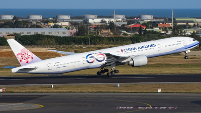A picture of B18006 - Boeing 777309(ER) - China Airlines - © Chao Aviation