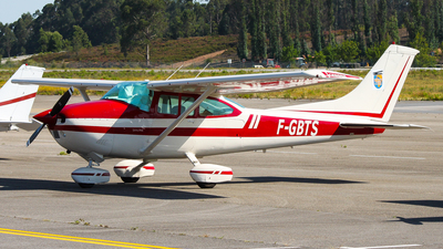 F-GBTS - Reims-Cessna F182P Skylane - Private