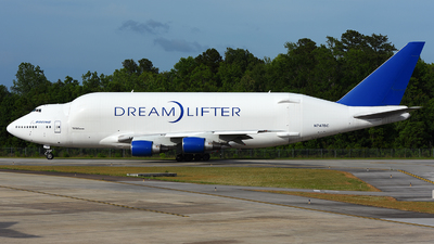 A picture of N747BC - Boeing 7474J6(LCF) Dreamlifter - Boeing - © JC