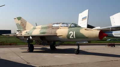 21 - Mikoyan-Gurevich MiG-21UM Mongol B - Soviet Union - Air Force