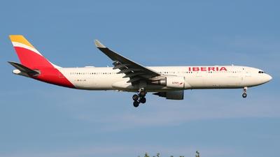 EC-LXK - Airbus A330-302 - Iberia