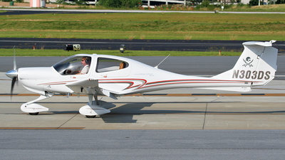 N303DS - Diamond DA-40 Diamond Star XLS - Private