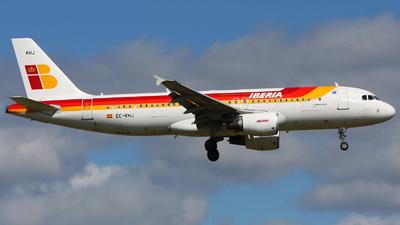 EC-KHJ - Airbus A320-214 - Iberia