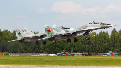 67 - Mikoyan-Gurevich MiG-29UB Fulcrum - Belarus - Air Force