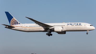 A picture of N27965 - Boeing 7879 Dreamliner - United Airlines - © Oliver Sänger