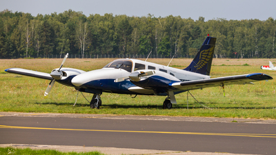 SP-CSL - Piper PA-34-220T Seneca III - Goldwings Flight Academy