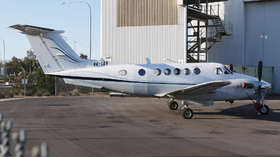 A picture of VHLQR - Beech B200 Super King Air - [BB1054] - © Brenden