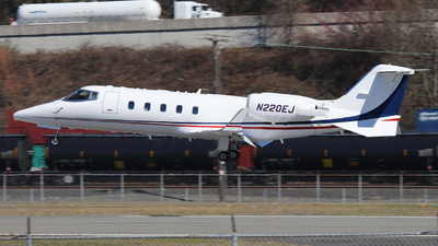 N220EJ - Bombardier Learjet 60 - Private