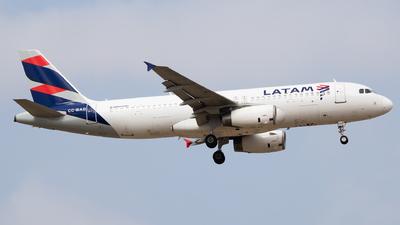 CC-BAD - Airbus A320-233 - LATAM Airlines