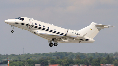 A picture of DBOLD - Embraer Legacy 450 -  - © Simon Reichert