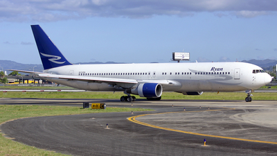 N123DN - Boeing 767-332 - Ryan International Airlines