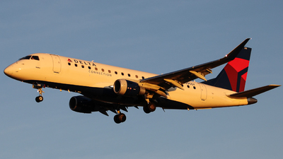 A picture of N295SY - Embraer E175LR - Delta Air Lines - © Andy Kadomtsev
