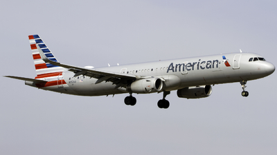 N152AA - Airbus A321-231 - American Airlines