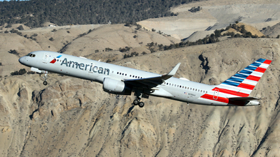 N198AA - Boeing 757-223 - American Airlines
