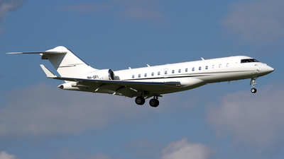 9H-GFI - Bombardier BD-700-1A10 Global 6000	 - Comlux Aviation Malta