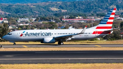 A picture of N317PG - Boeing 737823 - American Airlines - © Alfredo La Red