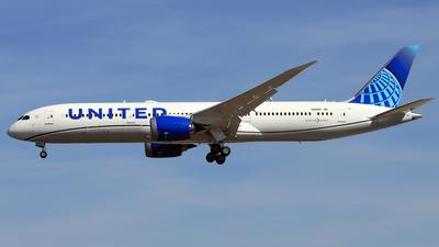 A picture of N28987 - Boeing 7879 Dreamliner - United Airlines - © Eddie Heisterkamp