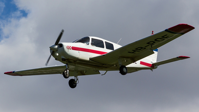 A picture of HBPOE - Piper PA28161 - [2841296] - © kehdi737w