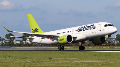 A picture of YLAAR - Airbus A220300 - Air Baltic - © Joost Alexander