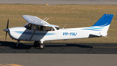 A picture of VHYHJ - Cessna 172S Skyhawk SP - [172S10827] - © Lachlan Gatland