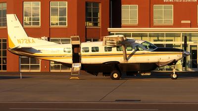 A picture of N72KA - Cessna 208B Grand Caravan - Kenmore Air - © Huy Do