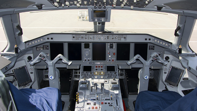 P4-KCE - Embraer 190-100LR - Air Astana