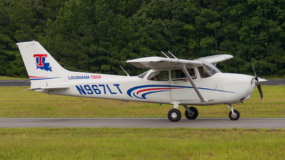 A picture of N967LT - Cessna 172S Skyhawk SP - [172S12037] - © eastex.aviation