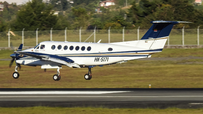 HK-5171 - Beechcraft B300 King Air 350 - Internacional Ejecutiva de Aviación
