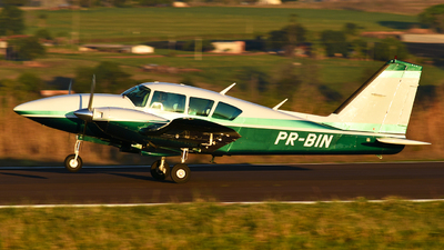PR-BIN - Piper PA-23-250 Aztec F - Private