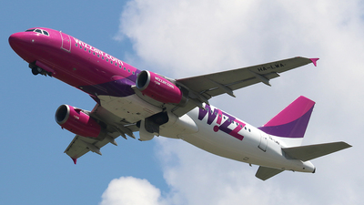 A picture of HALWA - Airbus A320232 - Wizz Air - © Ferenc Kolos