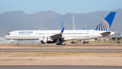 N505UA - Boeing 757-222 - United Airlines