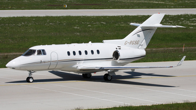 G-RGSG - Hawker Beechcraft 900XP - Hangar 8