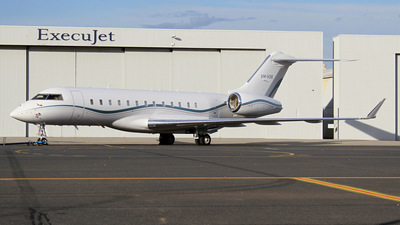 VH-VSK - Bombardier BD-700-1A10 Global Express XRS - Private