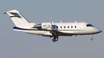 A picture of N116JS - Bombardier Challenger 604 - [5335] - © Agustin Anaya