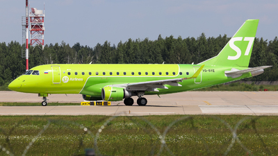A picture of VQBYE - Embraer E170STD - S7 Airlines - © Vitaly Revyakin