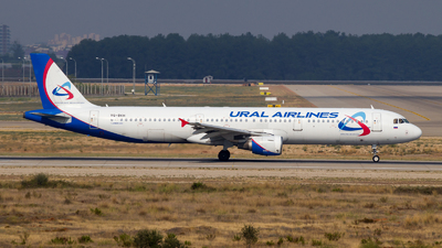 VQ-BKH - Airbus A321-211 - Ural Airlines