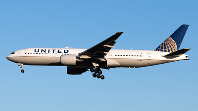 A picture of N795UA - Boeing 777222(ER) - United Airlines - © Lazy Clutch