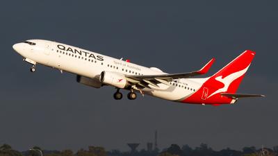 VH-VZW - Boeing 737-838 - Qantas