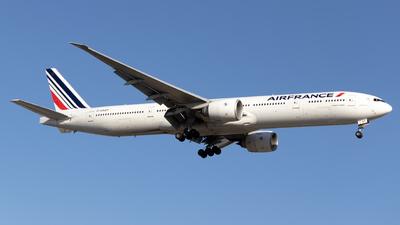 F-GSQT - Boeing 777-328ER - Air France